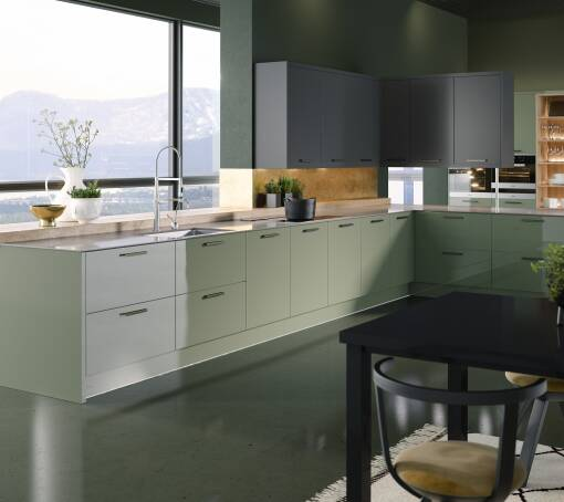 Contour (White) Roman Leaf Gloss kitchen