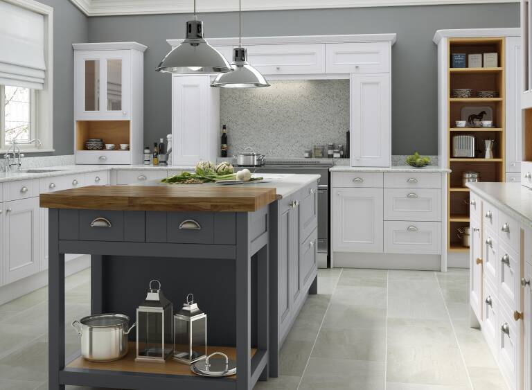 Chalk White Castle Rock Wren Kitchens