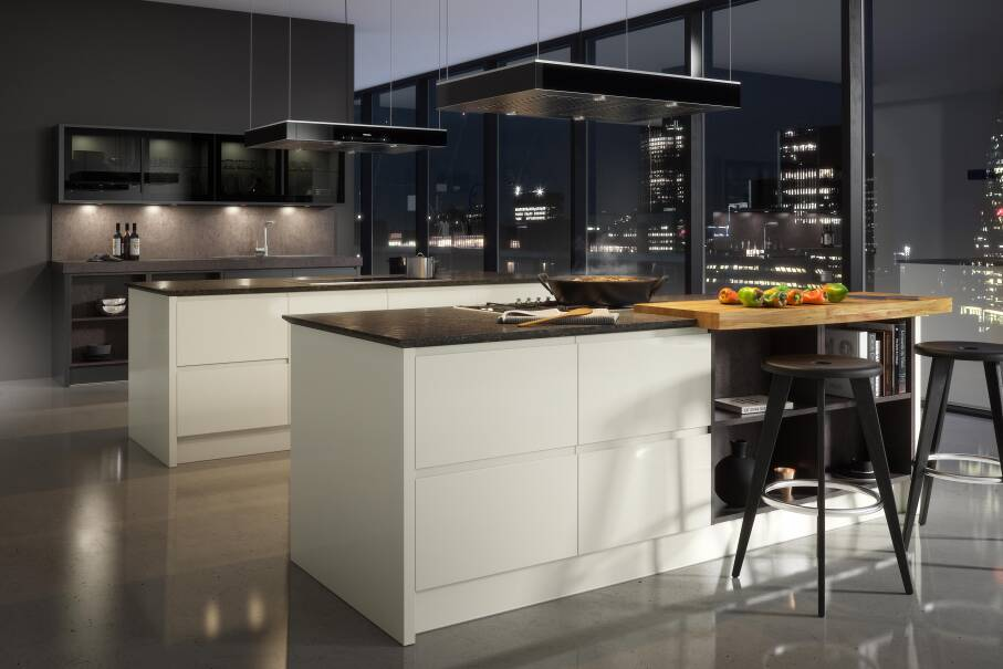 Handleless Cream Gloss Kitchen
