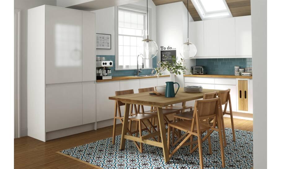 Handleless Super White Gloss Kitchen
