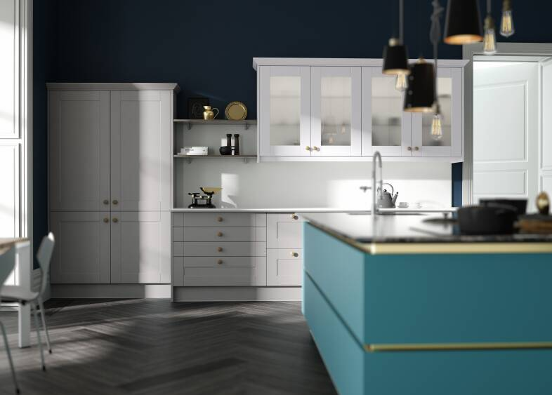 Milano Contour in Lagoon and White Shaker kitchen