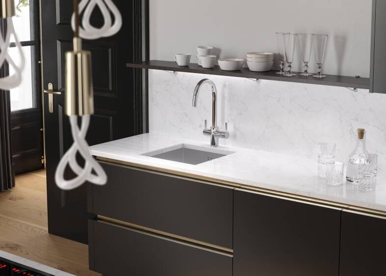 Milano Elements Kitchen in Metallic Gold