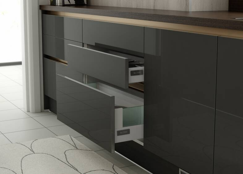 Milano Stainless Kitchen in Charcoal and Smoked Oak