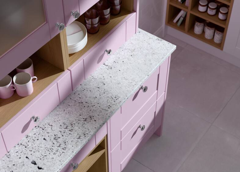 Shaker Ermine in Cotton Candy Matt kitchen