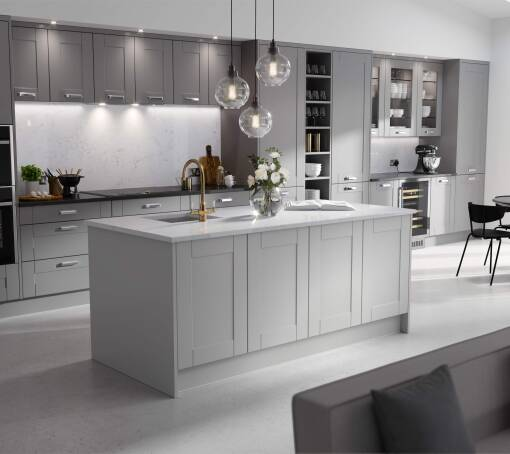 Shaker Ermine Northumberland Matt (White) kitchen