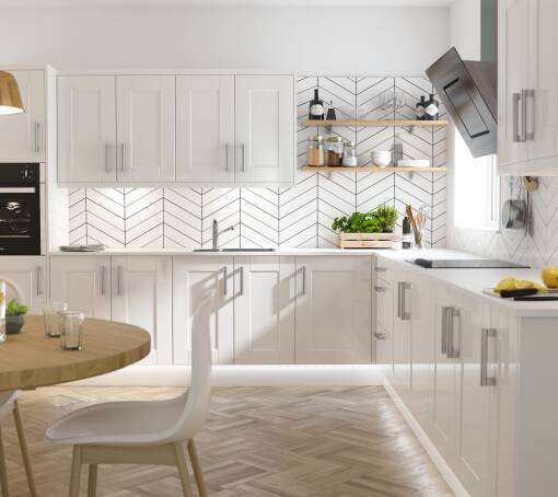 Shaker White Gloss kitchen