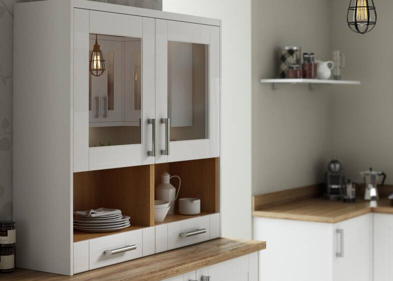 Shaker kitchen in white wren kitchens for Kitchen 0 finance b q