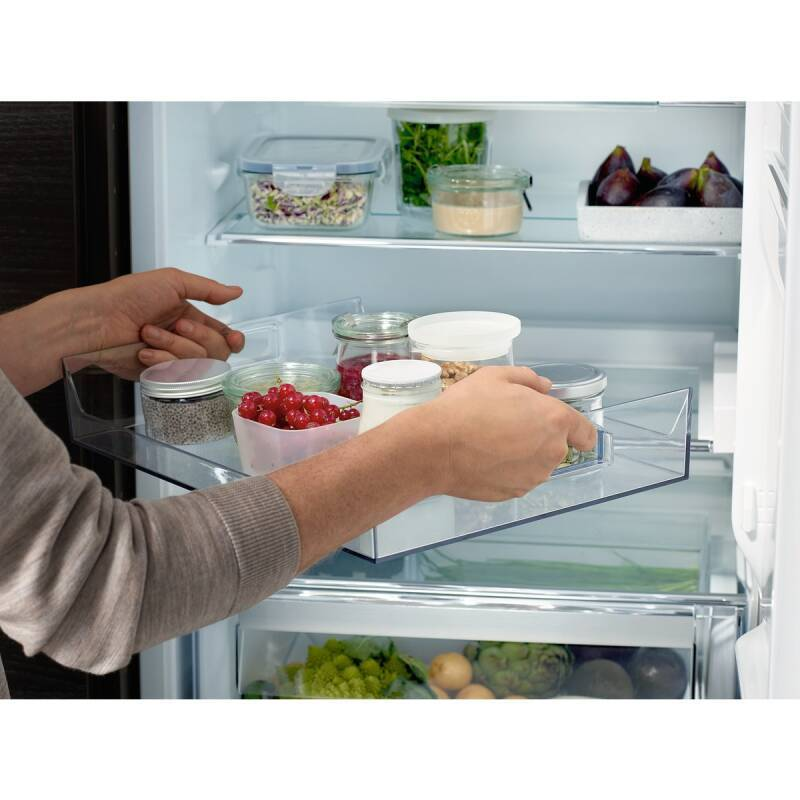 AEG Extendable shelf (Refrigeration) additional image 1