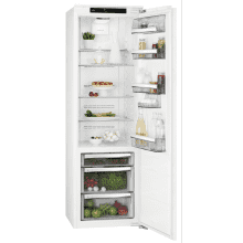 AEG H1769xW556xD549 Built in Fridge