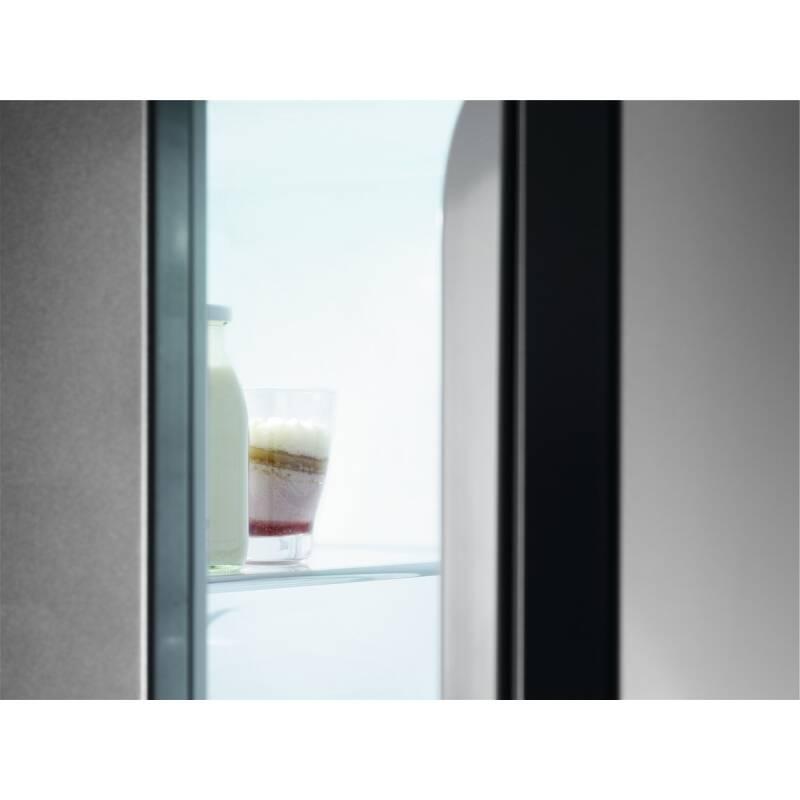 AEG H1772xW540xD549 70/30 Fridge Freezer (Frost Free) additional image 8