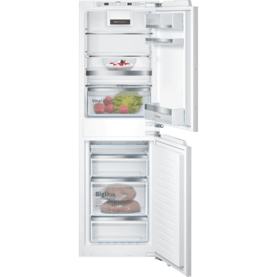 Bosch H1772xW558xD545 Integrated 50/50 Frost Free Fridge Freezer with VitaFresh