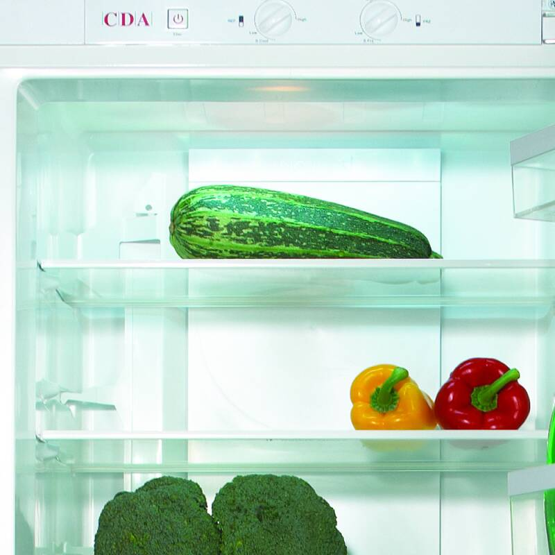 CDA H1770xW555xD540 50/50 Integrated Fridge Freezer (Frost Free) additional image 3