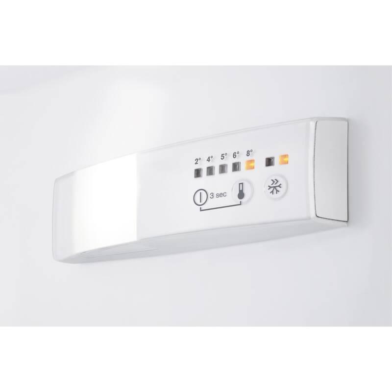 Zanussi H1772xW540xD549 50/50 Frost Free Integrated Fridge Freezer additional image 2