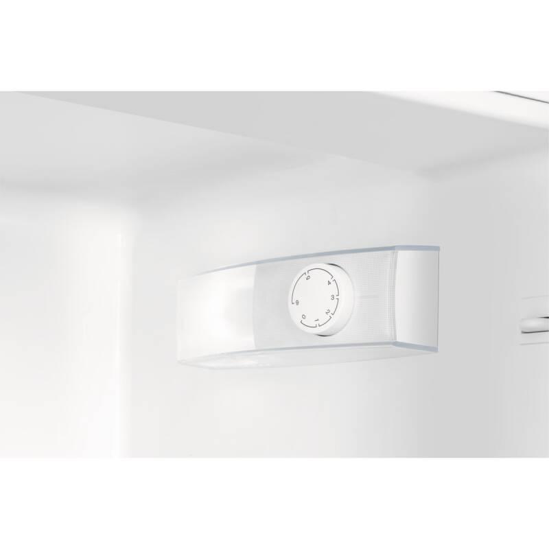 Zanussi H1772xW540xD549 50/50 Integrated Fridge Freezer additional image 2