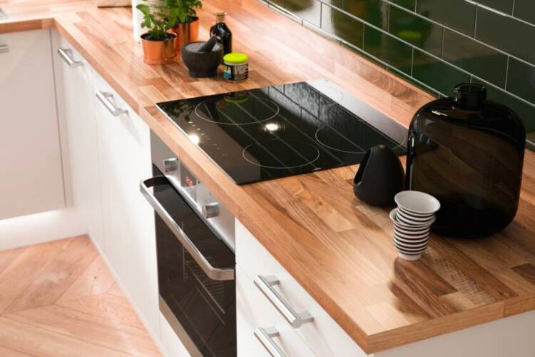 Choosing a coloured worktop