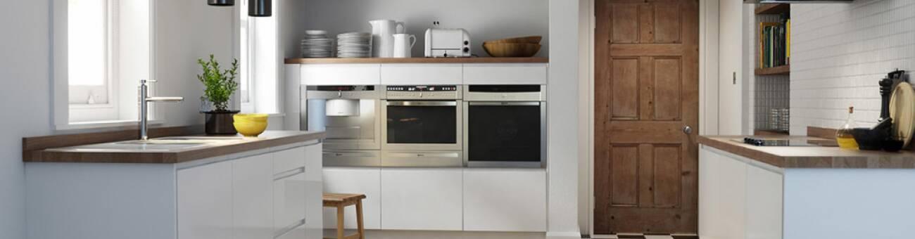 sleek-sophisticated-high-gloss-kitchen-design